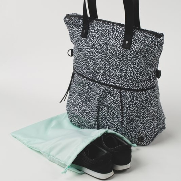 9119cf0c17 lululemon athletica Bags | Lululemon Twice As Nice Tote | Poshmark